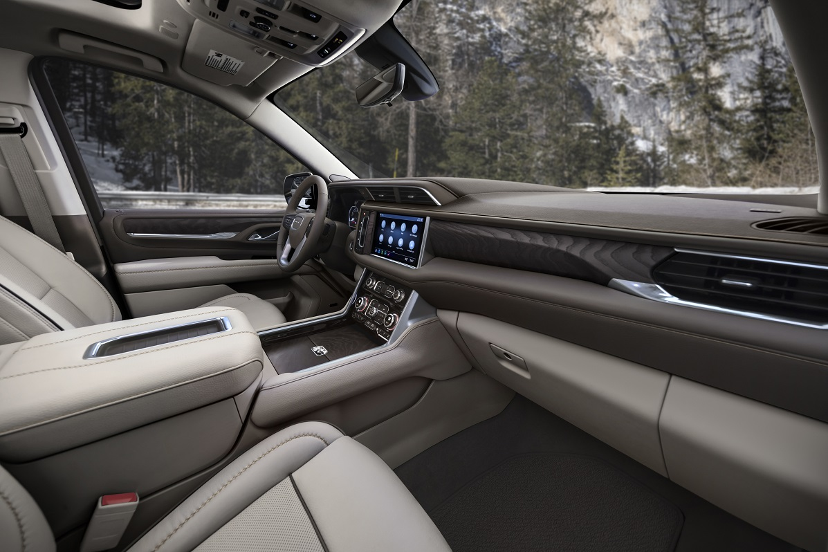 Yukon Gets New Engines, Interior, Tech to Take on Rivals ...