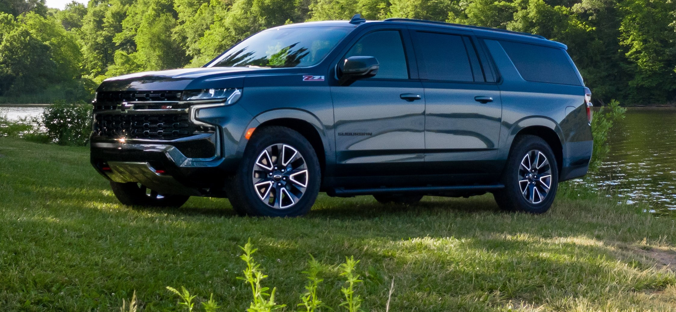 2021 Chevy Suburban Z71 Specs and Review