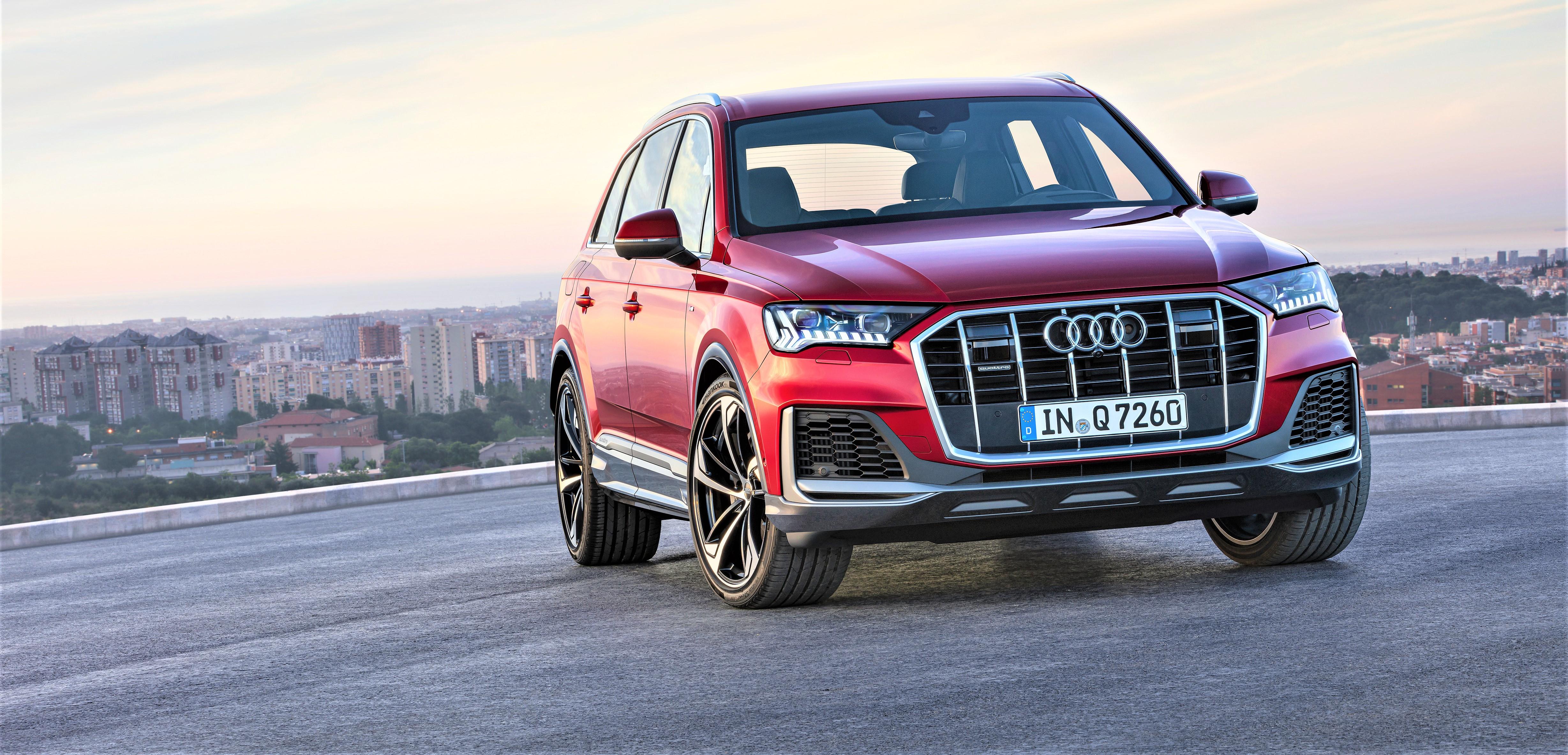 Audi Refreshes 2nd-Gen Q7 Luxury SUV