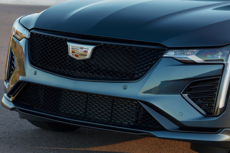 Cadillac-CT4-V mesh grille.jpg
