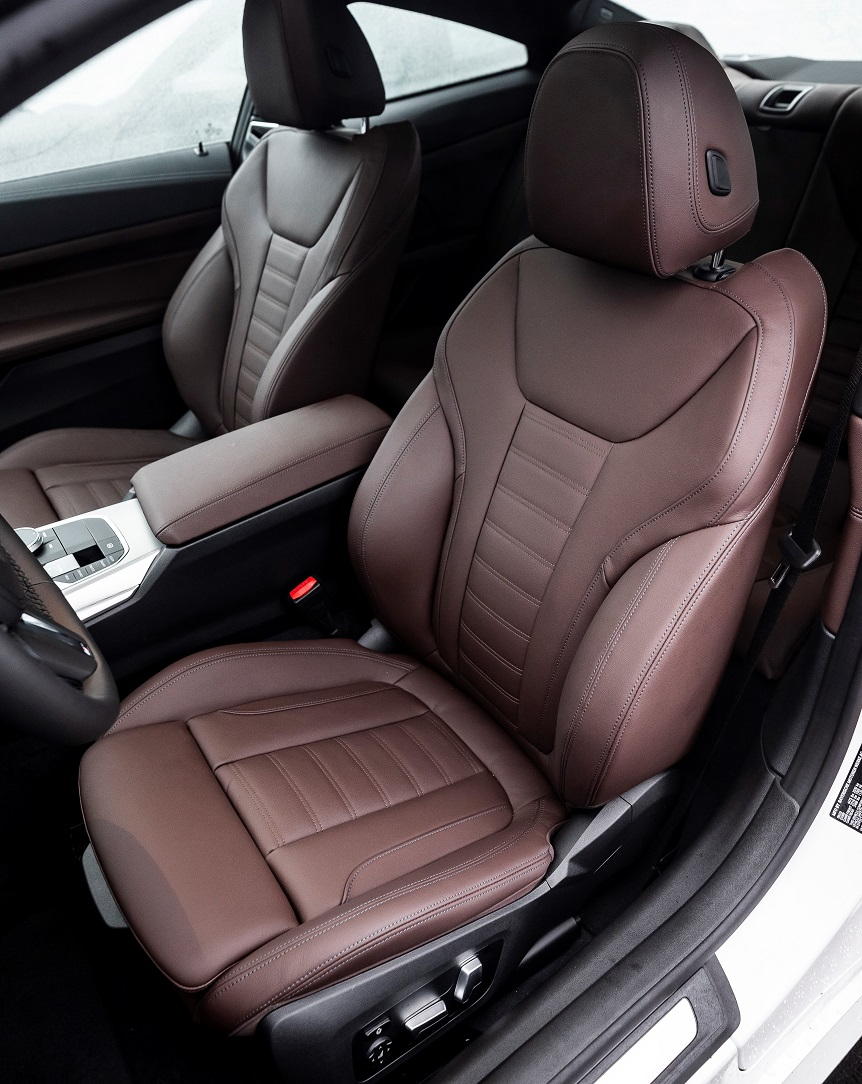 EMBED 1 2021_BMW_M440i_xDrive_Coupe_Cognac_Vernasca_leather__1_.jpg