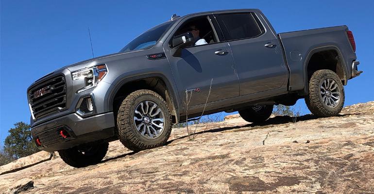 General Motors 2019 Gmc Sierra At4 Sharp Turn For Off Roading