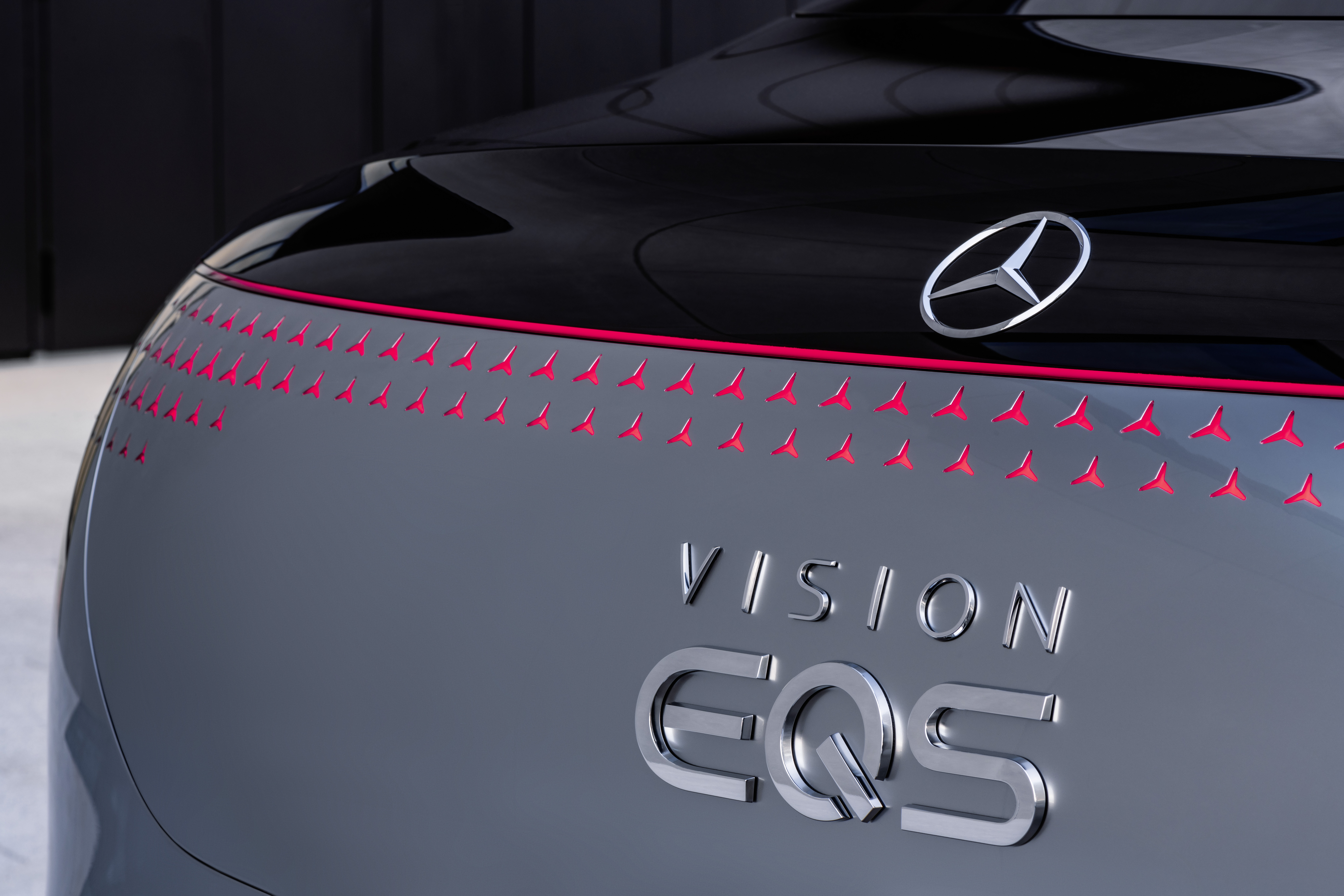 Mercedes EQ S задний конец.jpg