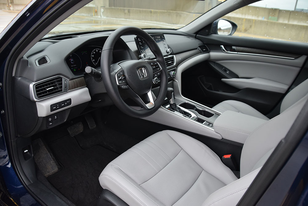 honda accord interior: color it a worthy also-ran   wardsauto
