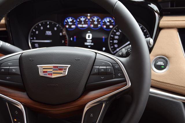Cadillac XT5 | Judging for 2016 Wards 10 Best Interiors