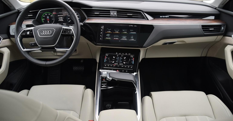 Kelebihan Kekurangan Etron Audi Top Model Tahun Ini