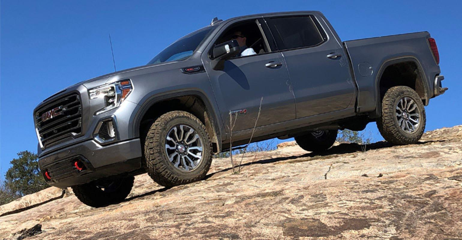 General Motors 2019 Gmc Sierra At4 Sharp Turn For Off Roading Wardsauto