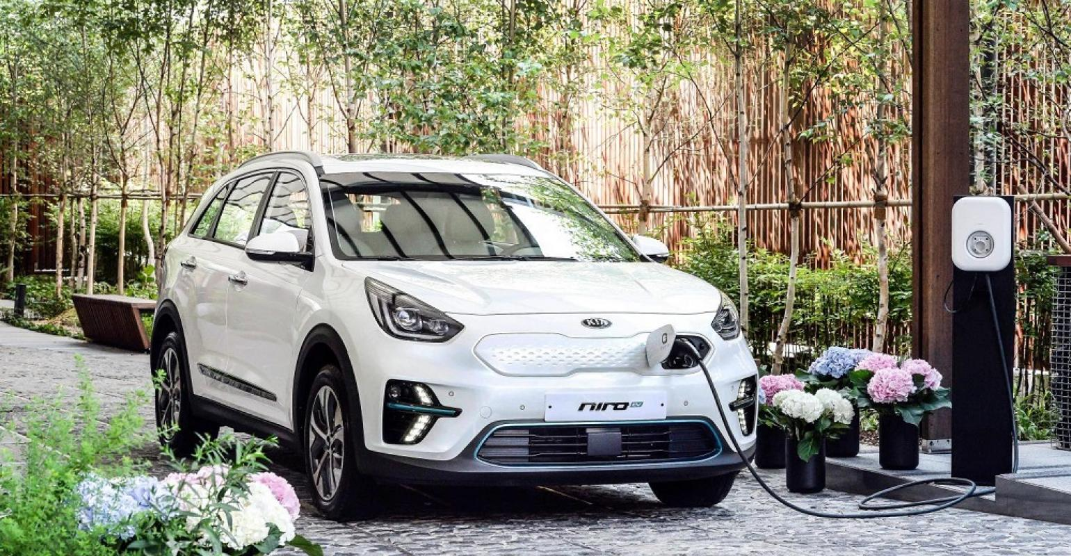 Kia Launches South Korean Sales Of All Electric Niro Cuv Wardsauto Ev Range Extending Adding A 2nd Hv Battery Claims Class Leading 280 Mile For