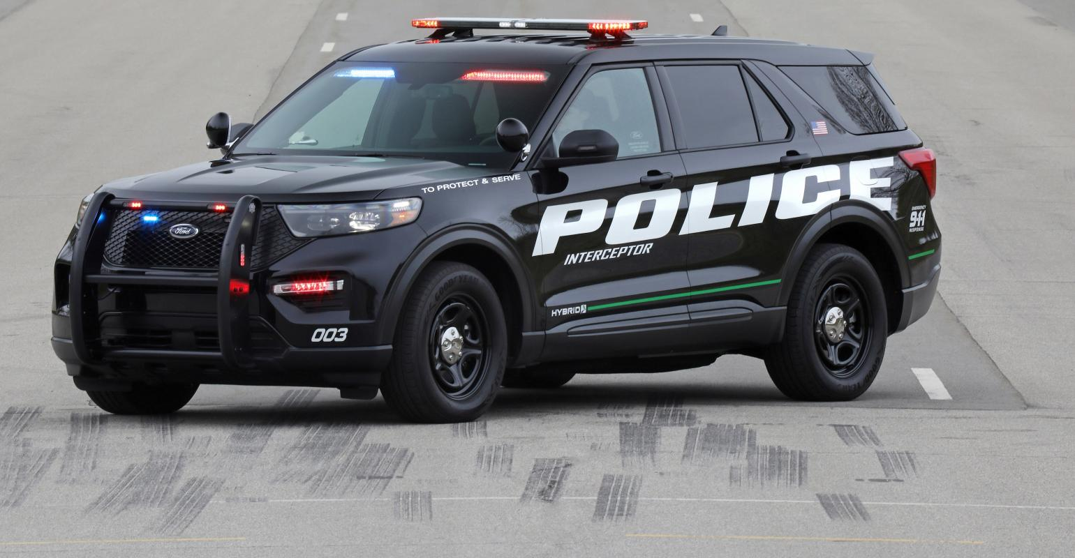 Police Power 2020 Ford Explorer Police Interceptor Hybrid On The
