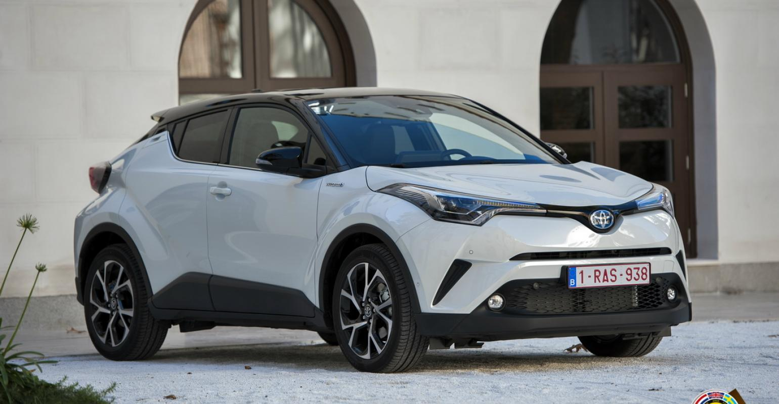 car pictures review: toyota ev suv 2020