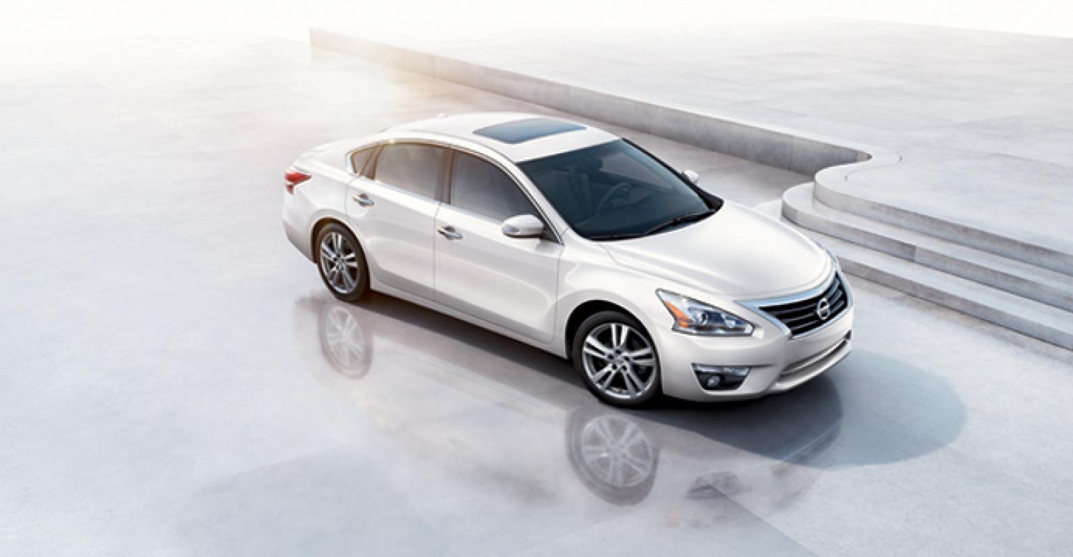 Nissan Aims For Segment Best Fuel Economy With U002713 Altima