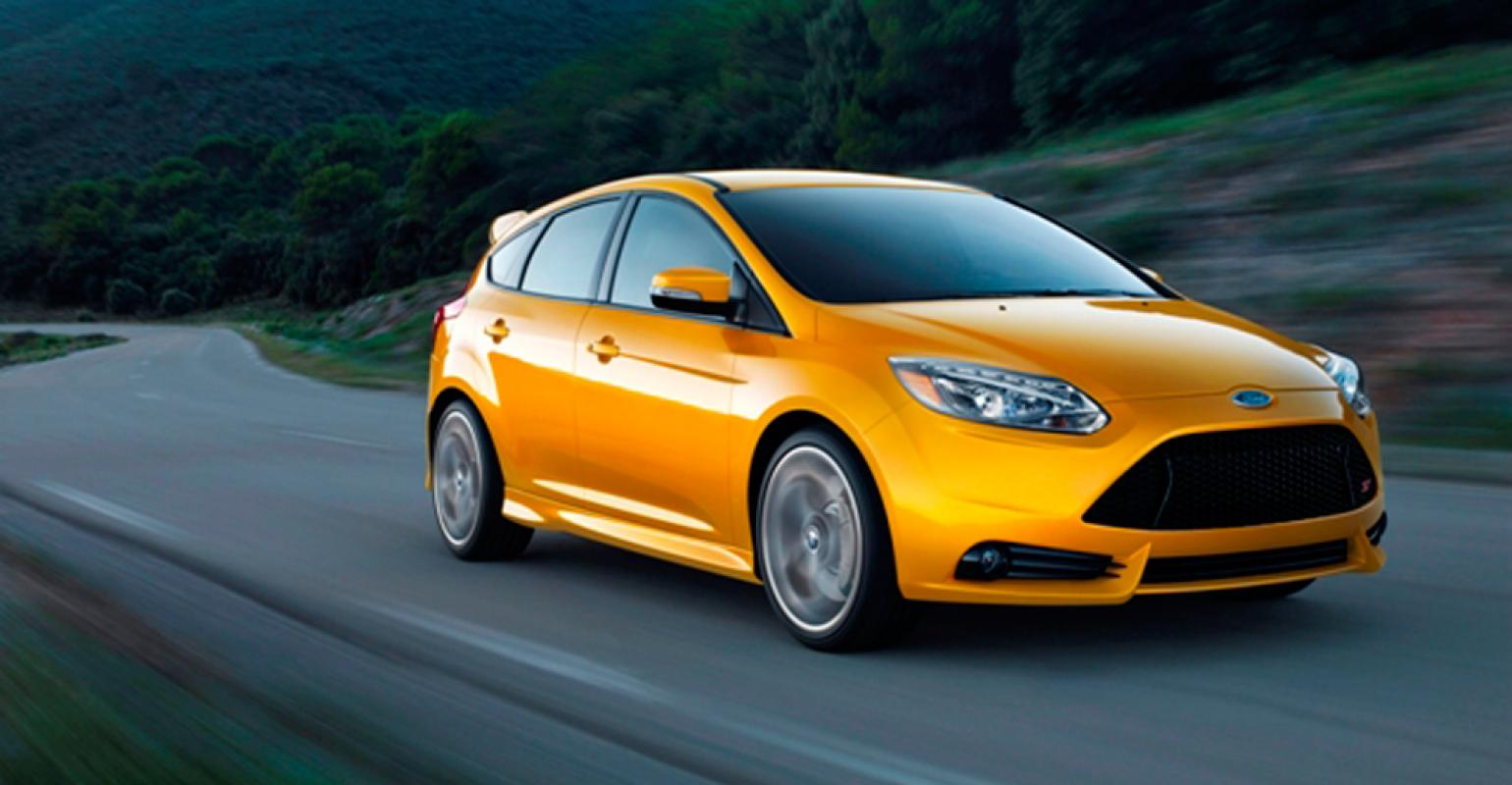 Rsquo13 focus st powered by 20l ecoboost 4cyl engine producing 252 hp