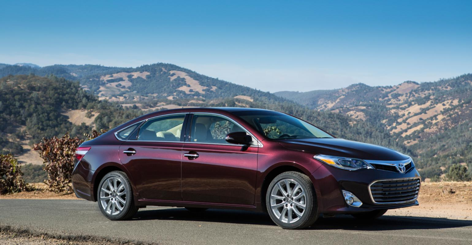 Rsquo13 Toyota Avalon Leaves Stodgy Behind With Moreaggressive Design