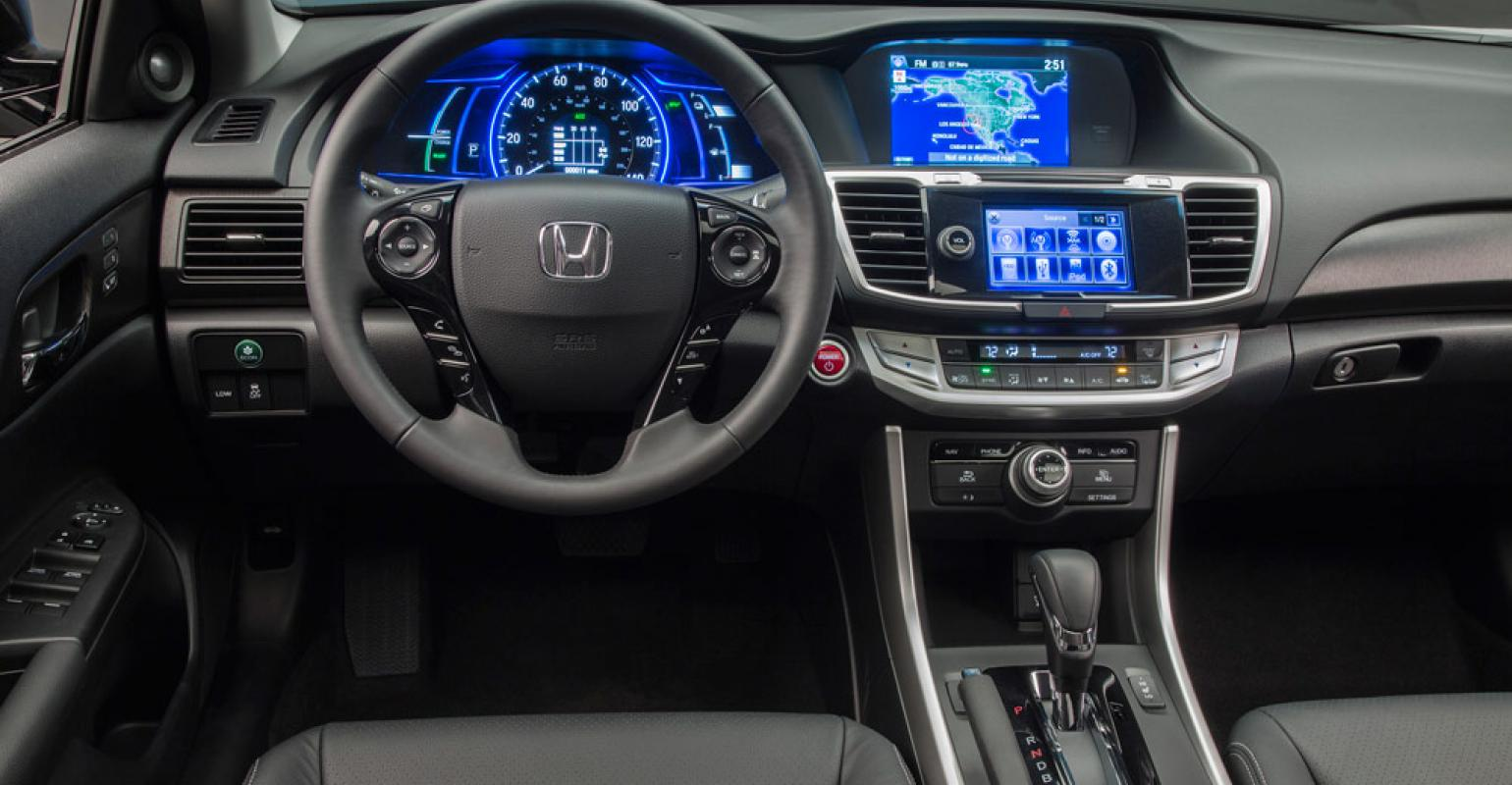Amazing Honda Accord Hybridrsquos IP Features Additional Gauges To Track Battery  Range Fuel Economy