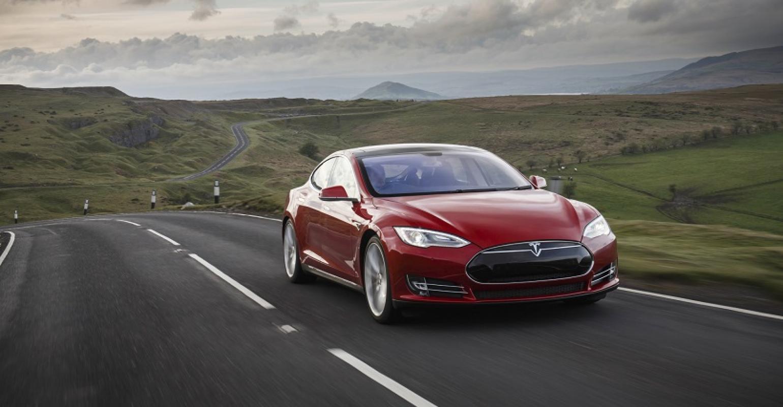 Tesla Direct S Drawing Dealer Fire In Australia