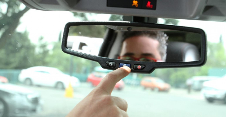 Onstar Fmv Rearview Mirror Wiring Diagram Gm Confident Hack Counterattack Successful Wardsauto 1540x800