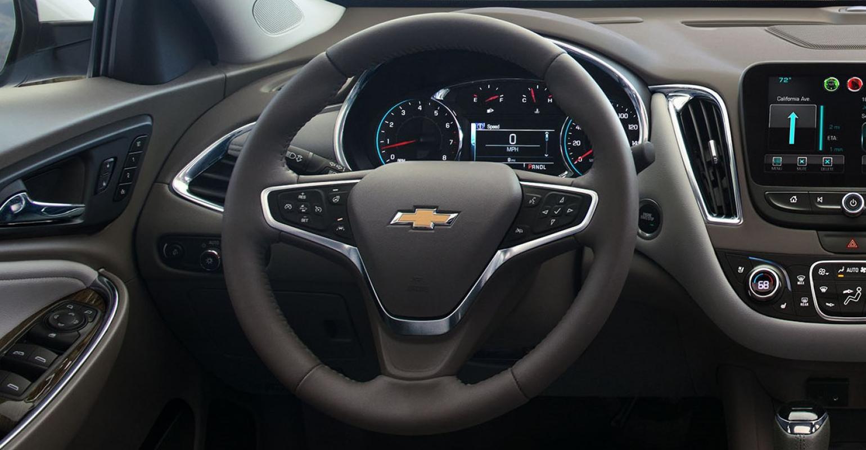 Steering Wheel Design Takes Center Stage