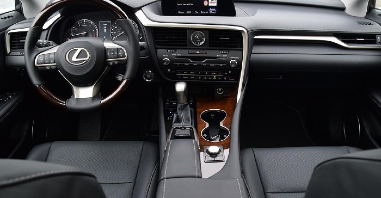 Lexus Rx Luxury Cuv Has Winning Interior Wardsauto