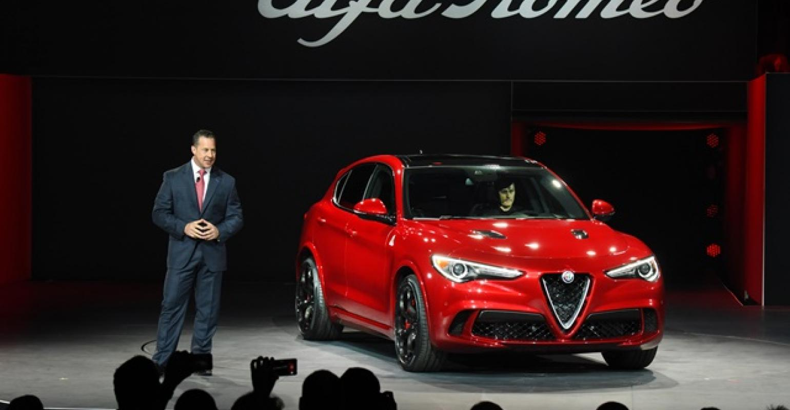 Alfa Romeo Los Angeles >> Los Angeles Auto Show New Alfa Romeo Models To Boost Fca Us