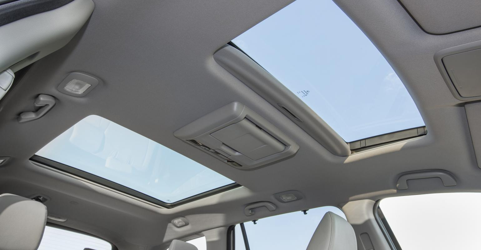 Survey Respondents Might Find 16 Pilotrsquos Twin Sunroofs Ealing
