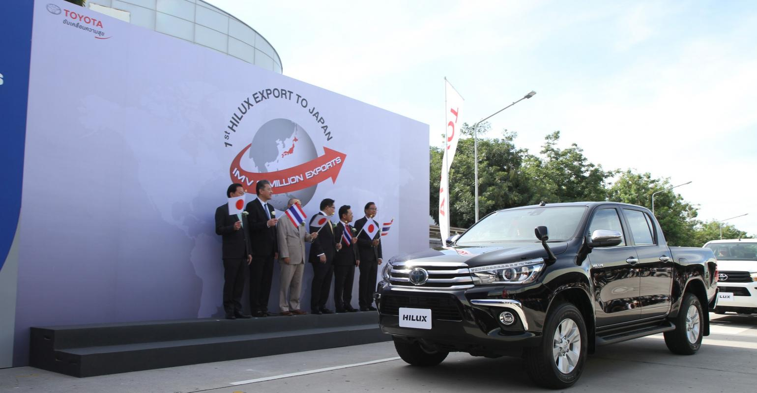 Toyota Thailand Automaker Begins Exporting Hilux Pickup To Japan Wardsauto