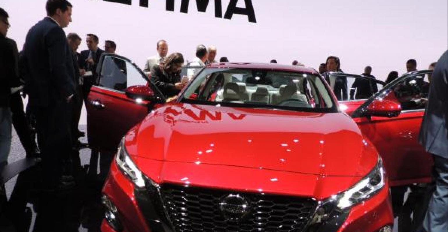 In Unveiling AllNew Altima Nissan Touts Cars As Cool WardsAuto - Show all cars