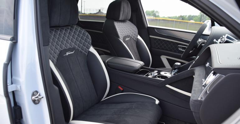 01 main 2021 Bentley Bentayga Speed seats - Copy - Copy.JPG
