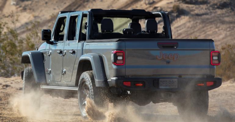 02 Jeep Gladiator Mojave Desert Rated rear.jpg
