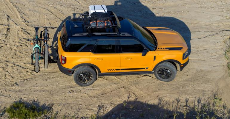 13 Bronco_Sport_Exterior_RACK - Copy.jpg