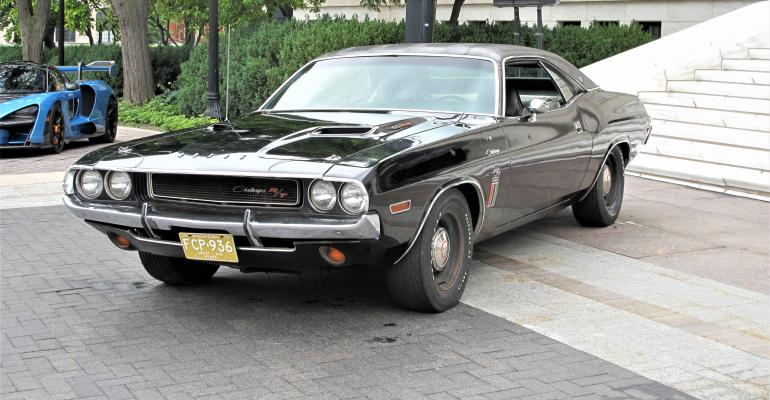 1970 Dodge Challenger.jpg