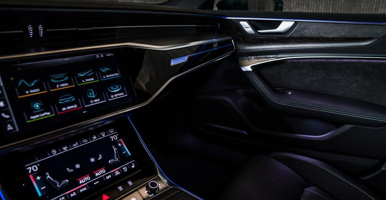 2019 Audi A7 interior lighting-1.jpg
