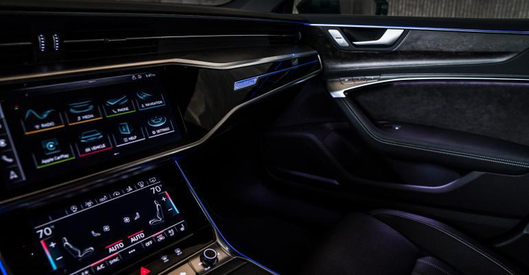 2019 Audi A7 interior lighting-1.jpg