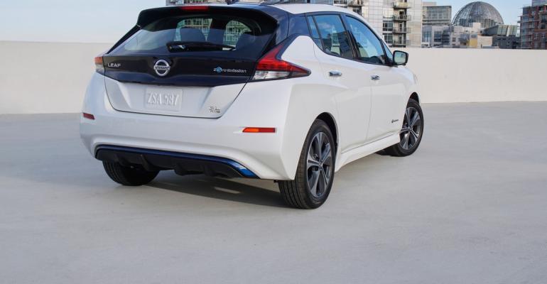 2019 Nissan LEAF-20-1200x800.jpg