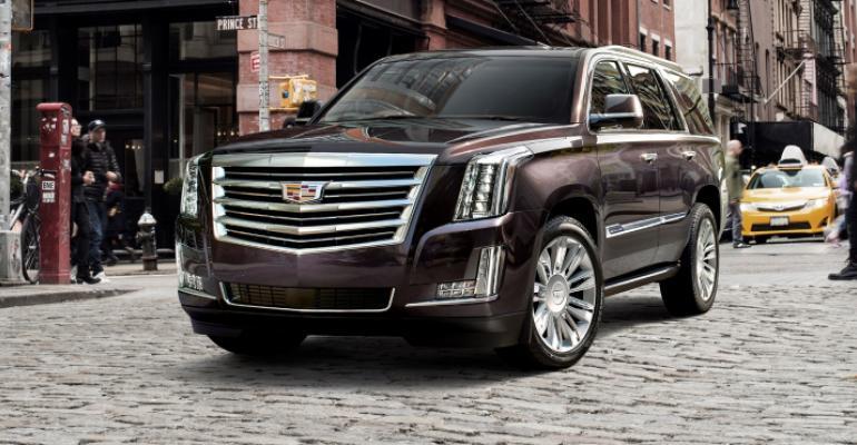 2019-Cadillac-Escalade-008.jpg