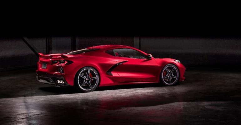 2020-Chevrolet-Corvette-Stingray-024.jpg