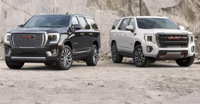 2021 GMC Yukon Denali and AT4 001.jpg