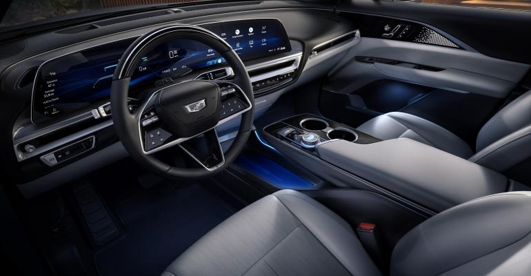 2023-Cadillac-LYRIQ-infotainment-screen.jpg