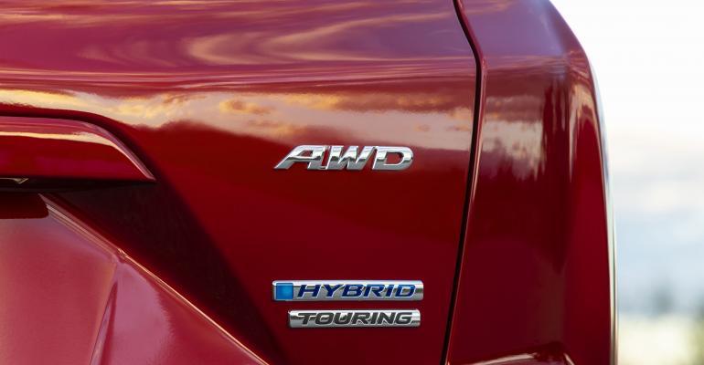 57 2020 Honda CR-V Hybrid-source.jpg