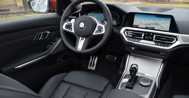BMW 330i UX Winner