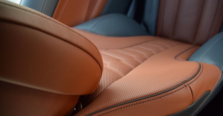 BMW 850i above seat down.jpg