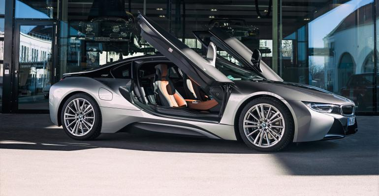 2020 BMW i8 ROADSTER AND COUPE