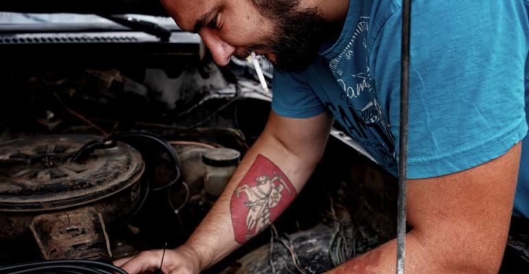 Backyard mechanic (Getty).jpg