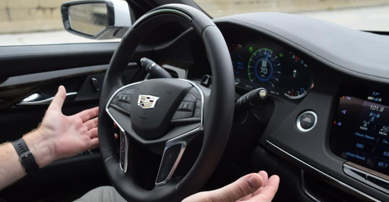 Cadillac CT6 Super Cruise impresses Wards 10 Best UX judges.
