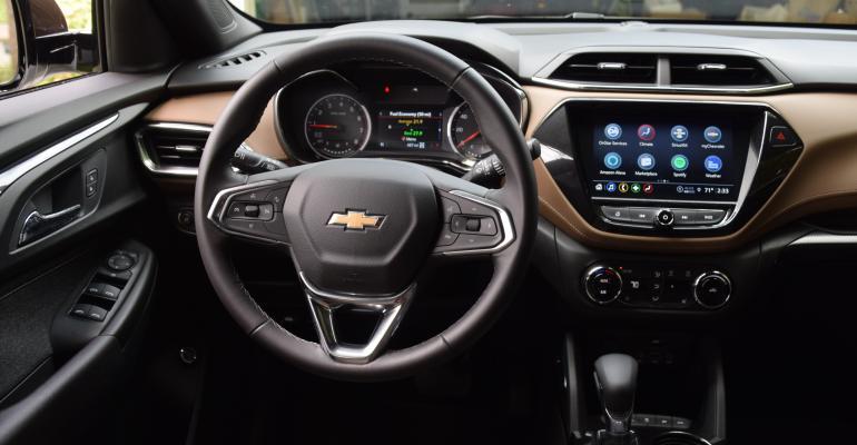 Chevy Trailblazer cockpit - Copy.JPG