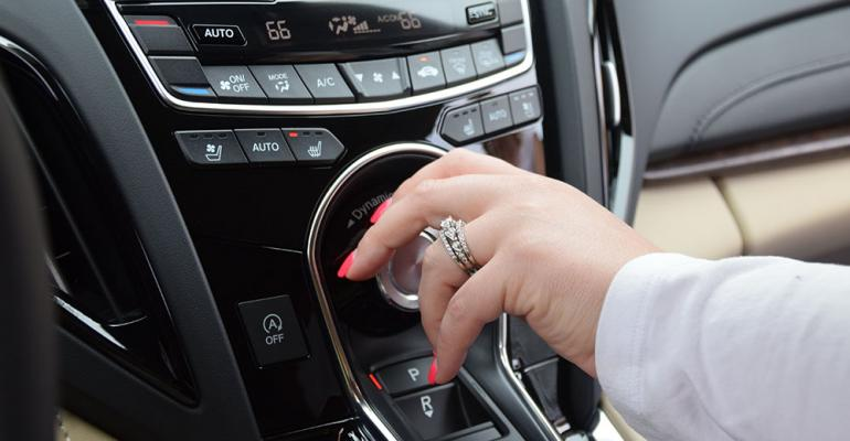 Wards 10 Best UX Acura RDX console stack controls