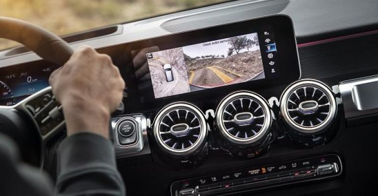 Daimler_Mercedes_Navigation_Generic.jpg