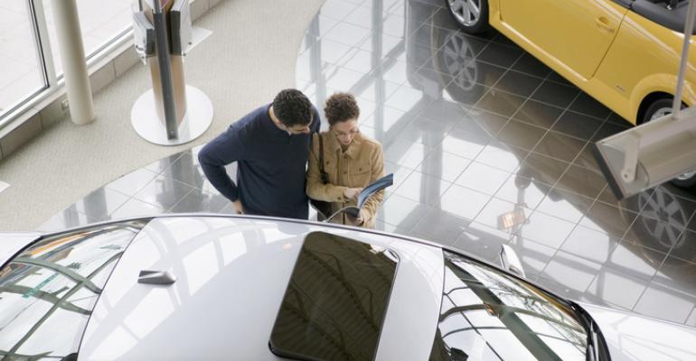 Dealer - car shoppers.jpg