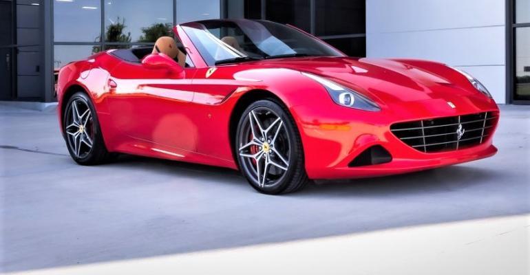 Ferrari-Cali-T_0754-1024x683.jpg