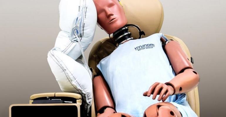 Hyundai center airbag.jpg