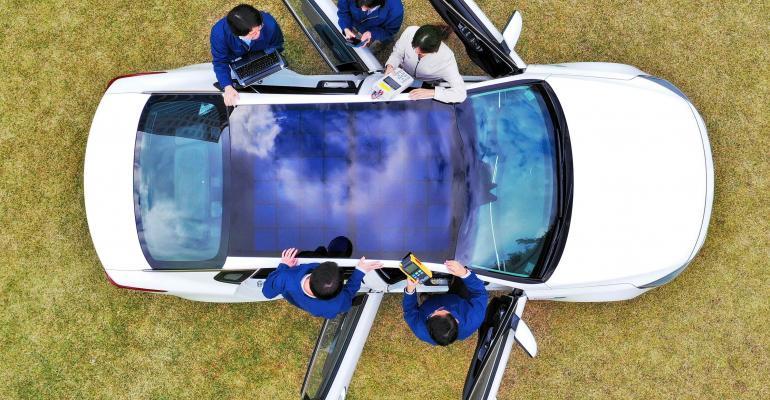 Kia and Hyundai plan solar roof-charging technology.